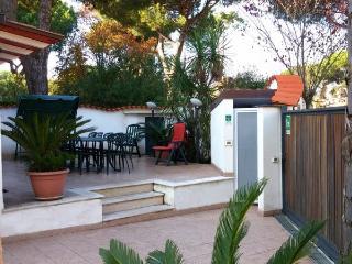 CORTE ALLA LUNA - Casa Vacanze - Terracina vacation rentals
