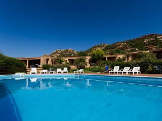 One bedroom apartment sleeping 4 people - Costa Paradiso vacation rentals