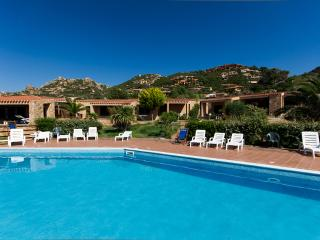 One bedroom apartment sleeping 4 people - Baiette - Costa Paradiso vacation rentals