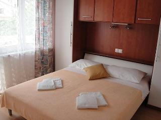 AKVARIJ - Draga Bascanska vacation rentals