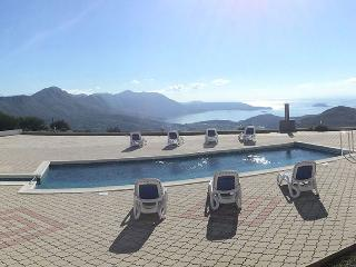 Apartment Alma with swimming pool near Dubrovnik - Gornji Brgat vacation rentals