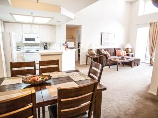 Gorgeous Large 2 Bedroom /2 Bathroom, Luxury Loft - Pacific Beach vacation rentals