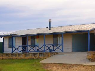 Vista Del Mare- Beach House Accommodation - Seabird vacation rentals