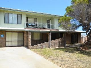 The Castle - Close To All Amenities - Lancelin vacation rentals
