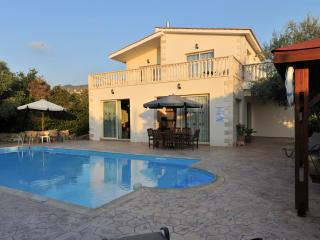 Argaka Beach Location - 4 Bed Villa - Private Pool - Argaka vacation rentals