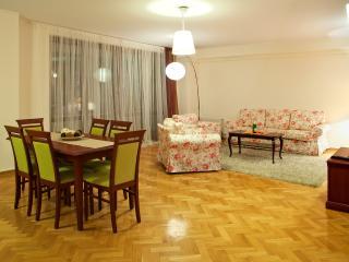 Apartament Jana Pawła II - Warsaw vacation rentals