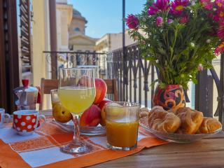 New flat close to Teatro Massimo - Palermo vacation rentals