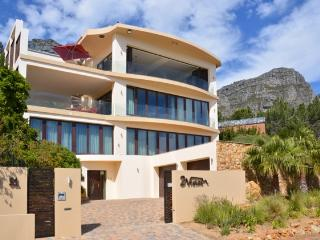 2Vistas - Clifton vacation rentals