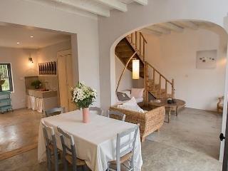 Le Mas de la Scierie - Les Baux vacation rentals