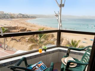Neptuno City Beach front Apartment (Studio) - Las Palmas de Gran Canaria vacation rentals