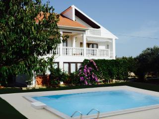 Cozy 3 bedroom Sukosan Apartment with Internet Access - Sukosan vacation rentals