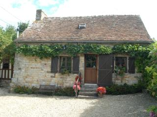2 bedroom Farmhouse Barn with Internet Access in Domfront - Domfront vacation rentals