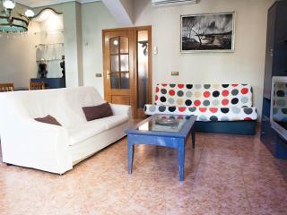 Reino - Valencia City Centre Apt. for 7 people - Valencia vacation rentals