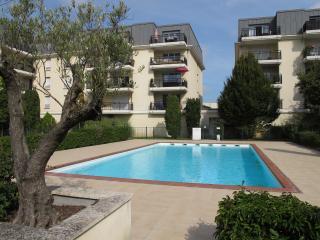 Appart CLOS MARGAUX T2 43m² - Bordeaux vacation rentals