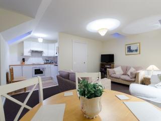 Lovely 3 bedroom House in Newbridge - Newbridge vacation rentals
