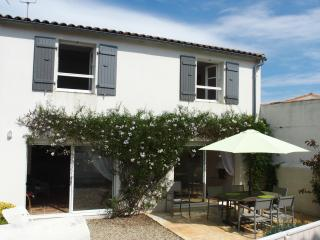 Rose Tremiere - Les Portes-en-Re vacation rentals