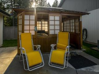 2 bedroom House with Internet Access in Rathdrum - Rathdrum vacation rentals