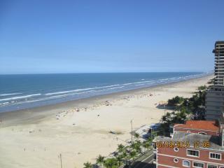 Cobertura Duplex na Aviação (Praia Grande) - Praia Grande vacation rentals