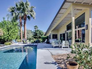 Scott`s Mid Century Modern Home - Palm Springs vacation rentals