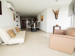 APARTAMENTO AMOBLADO G2 - Cartagena vacation rentals