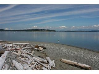 4 bedroom House with Internet Access in Camano Island - Camano Island vacation rentals