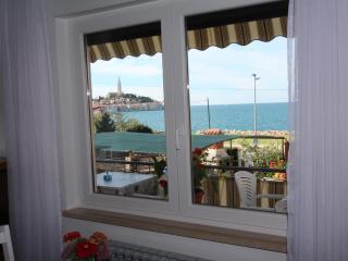 BELLA VISTA One-Bedroom Apartment with Sea View 2 - Rovinj vacation rentals