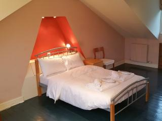 The Cosy Townhouse (Peymans) - Cambridge vacation rentals