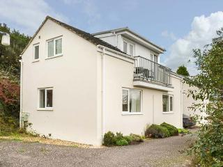 3 FOREST PARK LODGE, on small holiday resort, en-suites, balcony, parking, in High Bickington, Ref 922753 - Chittlehamholt vacation rentals