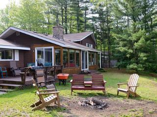 "Canada's ""DREAM GETAWAY"" Cottage - Woodville vacation rentals"