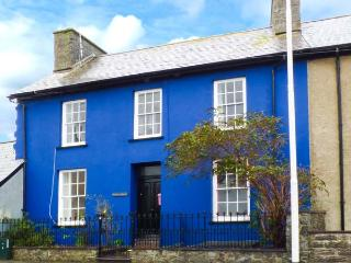 BARBARA HOUSE, Grade II listed, enclosed garden, in Llanon, Ref 925553 - Llanon vacation rentals