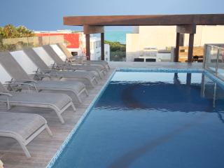 Beach Escape w Roof Top Ocean View Pool - Klem 310 - Playa del Carmen vacation rentals