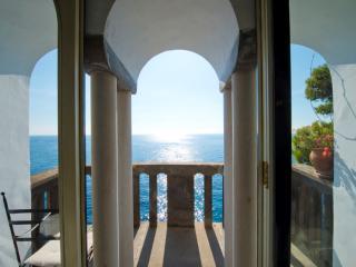 Ancient tower in a unique location - V727 - Positano vacation rentals
