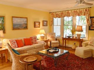 Nice Villa with Deck and A/C - Seabrook Island vacation rentals
