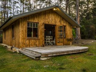 Bruny Island- Sainty's Creek Cottage - Bruny Island vacation rentals