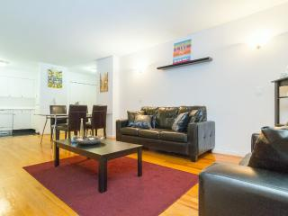 2Bedrooms in a Luxury Doorman Building / Sleep 6 - New York City vacation rentals