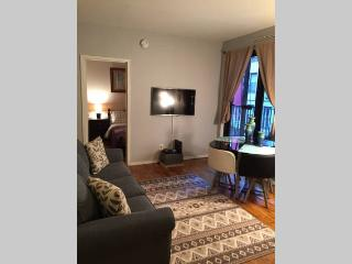 2Bedrooms / Sleep 6 / Elevator / Gramercy Park - New York City vacation rentals