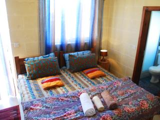 Globetrotter Guesthouse - Ensuite Deluxe Room - Ghajnsielem vacation rentals