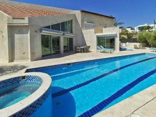 6 bedroom villa for vacation - Eilat vacation rentals