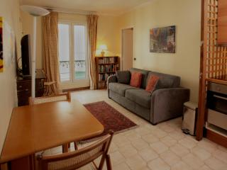 Nice Condo with Internet Access and Kettle - 3rd Arrondissement Temple vacation rentals
