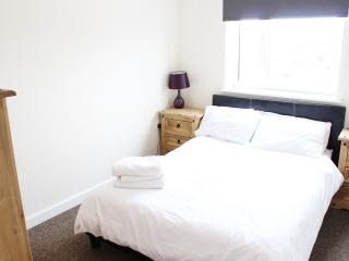 Lovely 2 bedroom Preston Apartment with Internet Access - Preston vacation rentals