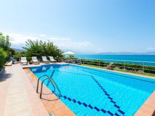Villa Katerina, sea breeze! - Rethymnon vacation rentals