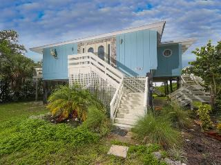 Fabulous Manasota Key bayfront house with private dock, brand new private pool - Englewood vacation rentals