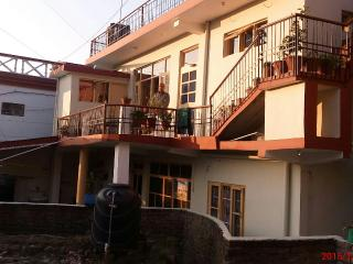 Nice 4 bedroom Guest house in Baijnath - Baijnath vacation rentals