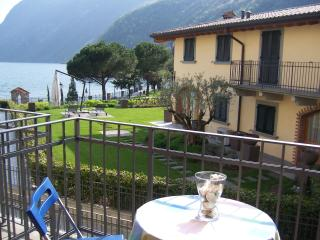 Antico Oleificio-apartment with balcony lakeview - Riva di Solto vacation rentals