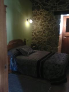 Rustic House in Ourense - Muinos vacation rentals