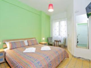Stanza con bagno privato 2 - Rome vacation rentals