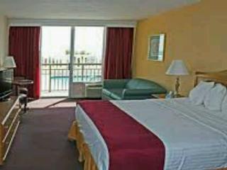 A Caribbean Style Ocean View, Non Smoking Resort - Virginia Beach vacation rentals