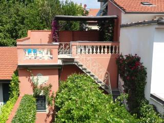 Liberty-style house with independent apartment - Viareggio vacation rentals