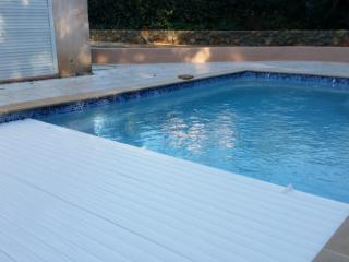 Villa sleeps 6 heated private pool  wifi  air con - Valbonne vacation rentals