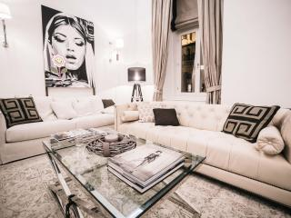 Tiffany luxury apartment in heart of Budapest - Budapest vacation rentals
